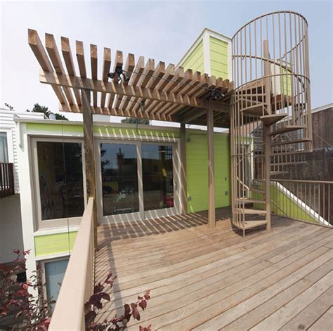 Extended Dining Room Tables deck with spiral stairs up to observation deck
