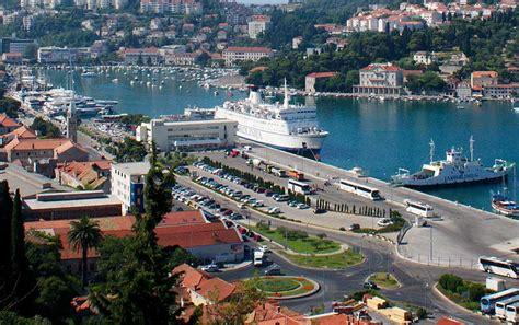 dubrovnik port parking in port gru緇 dubrovnik
