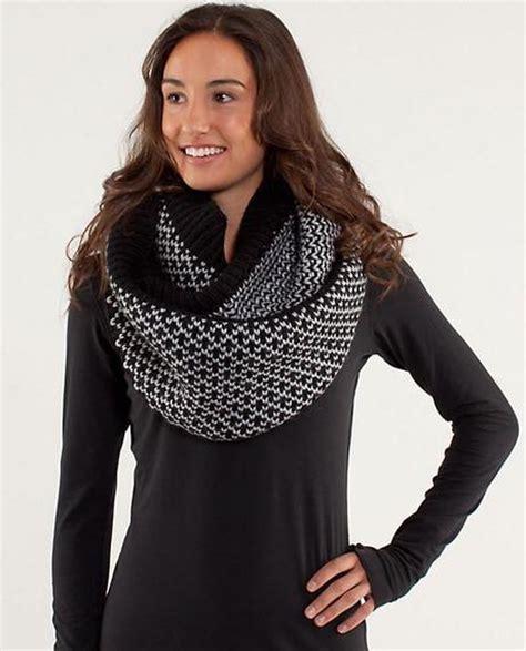 infinitely mad scarf by lululemon paperblog