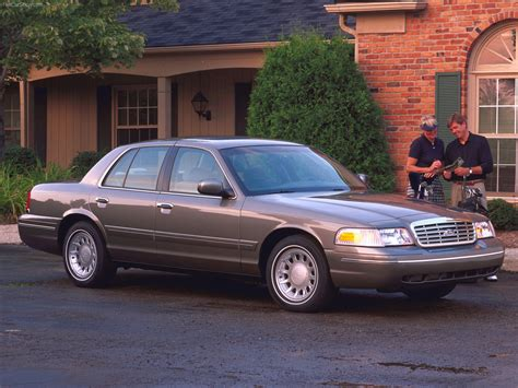 ford crown vic ford crown taringa