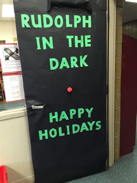 door decorating contest high school door