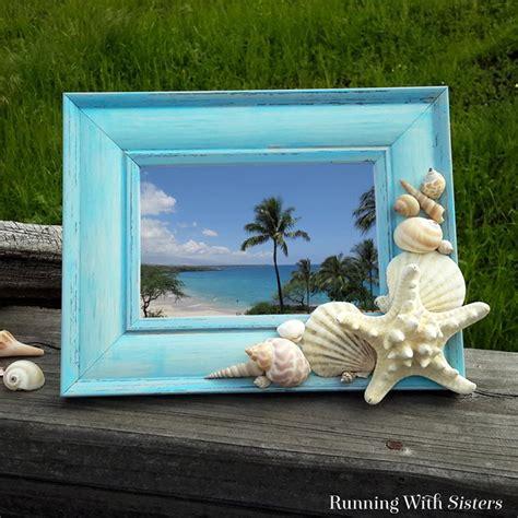 seashell frame running  sisters