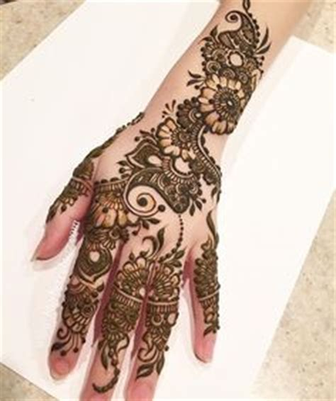 tattoo on namratha hand mehndi mehndi madness pinterest mehndi henna and
