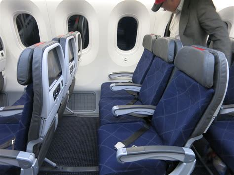 Do Exit Seats Recline by What Is American Airlines 787 Economy Like
