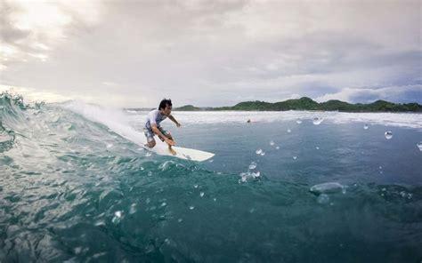 lombok surf information logistics accommodation