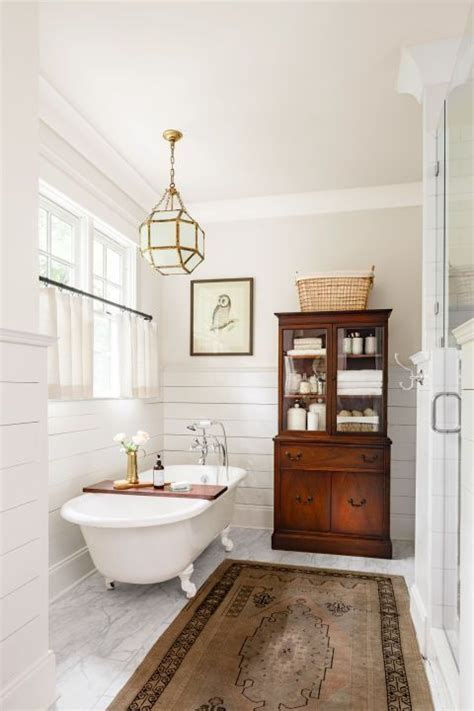 25 best ideas about clawfoot tubs on pinterest clawfoot 25 best ideas about clawfoot tub shower on pinterest