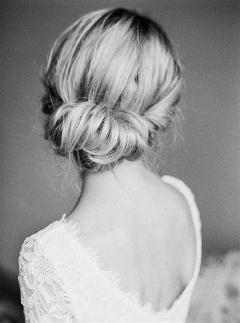 Hairstyles Accessories Bun Machine by Best 20 Classic Updo Hairstyles Ideas On