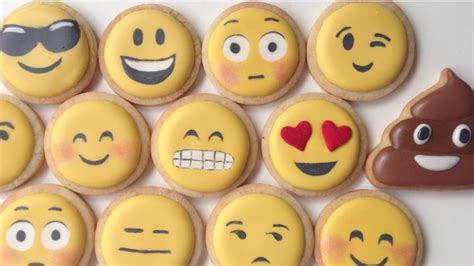 cookie emoji texts come to with emoji cookies nerdist