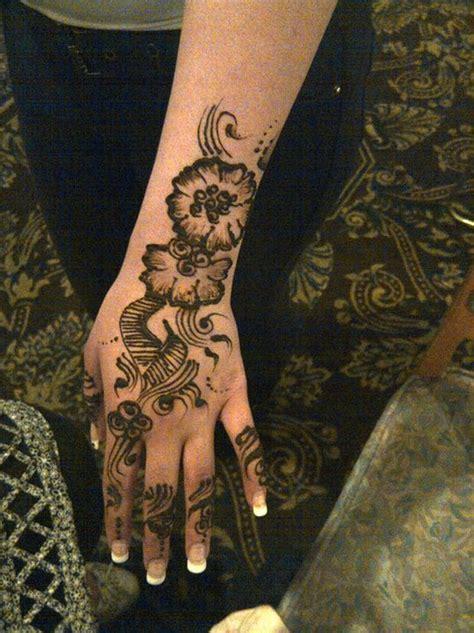 flower design mehndi floral henna design learn to make flower design with