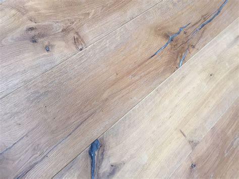 Oak Flooring Uk. Karndean Van Gogh Auckland Oak Vgw52t