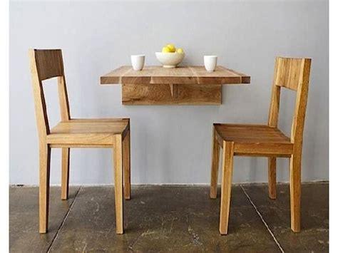 Meja Lipat Sederhana alternatif bentuk meja makan agar ruangan terbatas menjadi