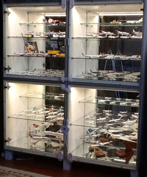besta display case besta display case display cabinets wings900 discussion