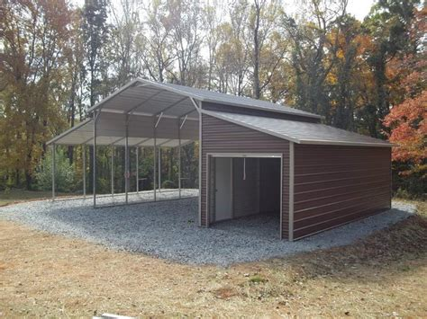 barn   lean  enclosed    metal structures