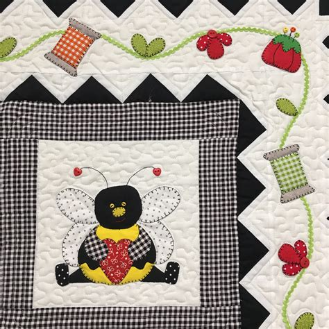 Quilt Bee by Sew Busy Bee Quilt Printed Pattern By Stitches Of