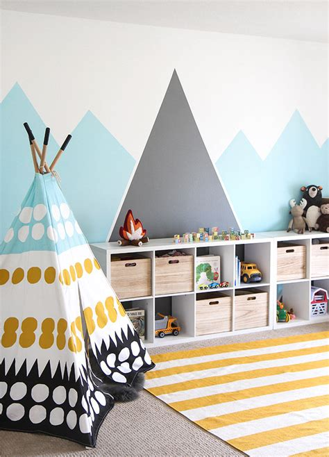 diy train bedroom for kids the budget decorator how to paint wall murals for kids 10 easy diy projects
