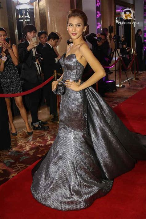 did anyone win celebrity hunted 2018 best dressed 15 stunning outfits at star magic ball 2014