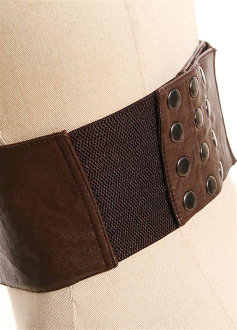 large brown belt clockwork with steunk gears