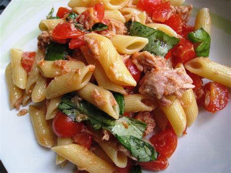 marche di lade salade de p 226 tes au thon recette de marche italie