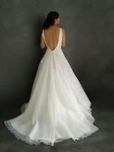 robe de mariã e dentelle dos nu robe de mariee sur mesure pour coralie bustier en dentelle avec dos nu et jupe en tulle robes de