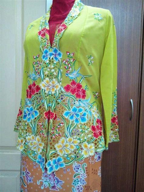 Baju Kebaya Vintage an antique peranakan kebaya the lime green the peranakans straits