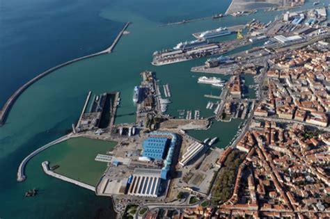 porti in toscana porti ponte con new york livorno punta alla crescita