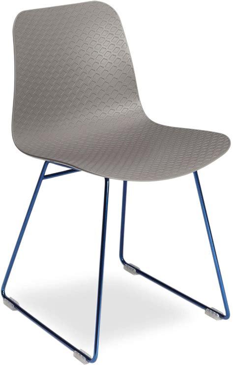 metal chair with polypropylene shell idfdesign