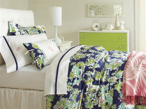 lilly pulitzer bedding collections lilly pulitzer sister floral s bedding collection dream dorm room pinterest
