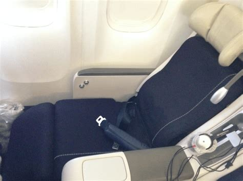 air france comfort seats a review of air france 777 200 premium economy paris to