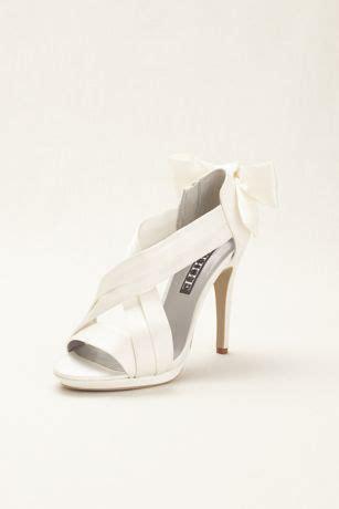 Vera Kitten Heels In White satin platform sandal with bow back detail style vw371459