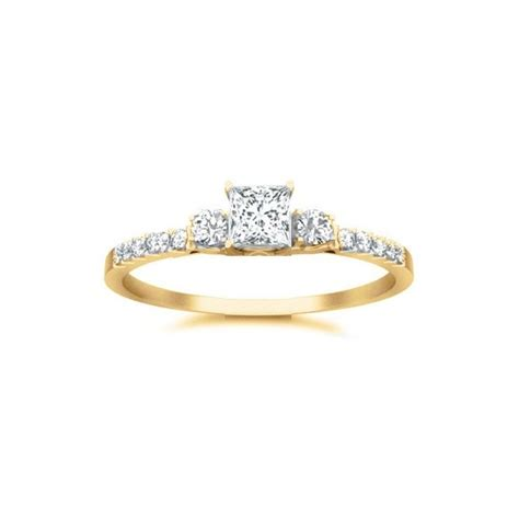 affordalbe engagement ring on jewelocean