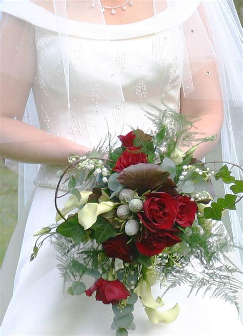 winter wedding bouquet ideas winter wedding flowers wedding flower bouquets winter