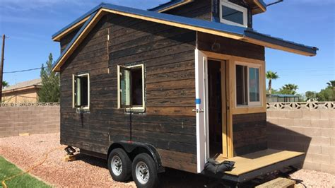 Small Homes Las Vegas Tiny Houses Las Vegas Couples Going Small To Save Big Ksnv