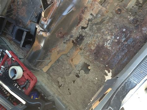 How To Fix A Jeep Jeep Xj Floor Board Rust Repair And Bedlining Jeep