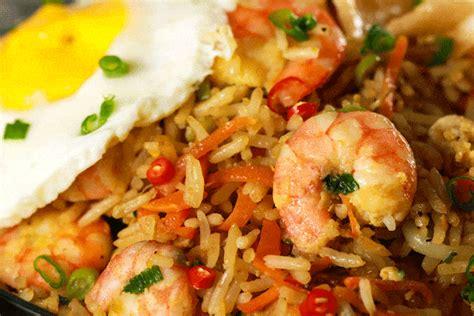 prawn nasi goreng spicy indonesian fried rice scrambled