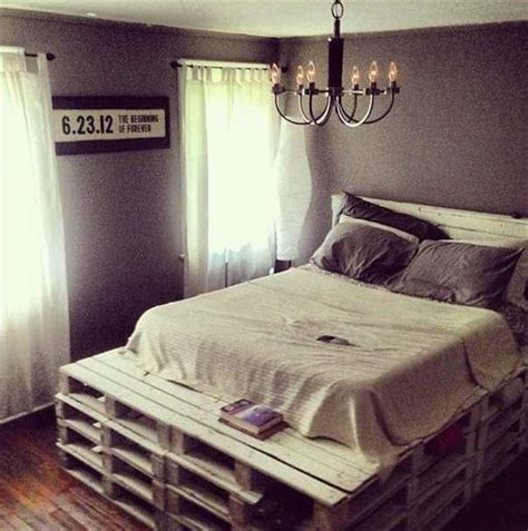 Do You Need A Box Spring For A Platform Bed - diy queen size pallet bed with headboard 99 pallets