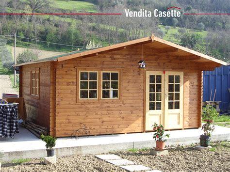 casetta in legno da giardino usata cerco casetta in legno usata casa in legno cerco casetta
