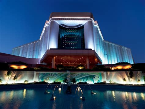 hotel bahrain the ritz carlton bahrain accommodations fit for a king