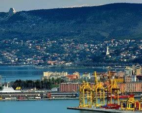 porto franco in italia trieste porto franco crescono le opportunit 224 commerciali