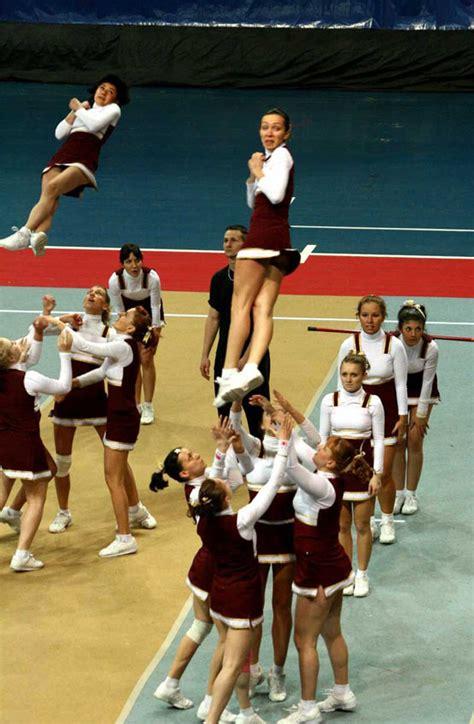 best cheerleader fails 25 hilarious cheerleader fails that ll make you lol so hard