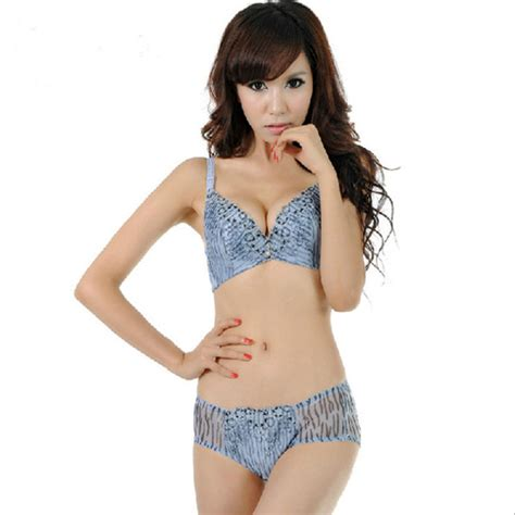Bra Set 8708 Remaja Junior small images usseek
