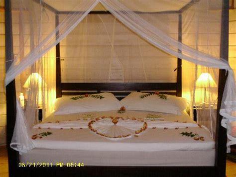 honeymoon bed honeymoon bed picture of kuredu island resort spa