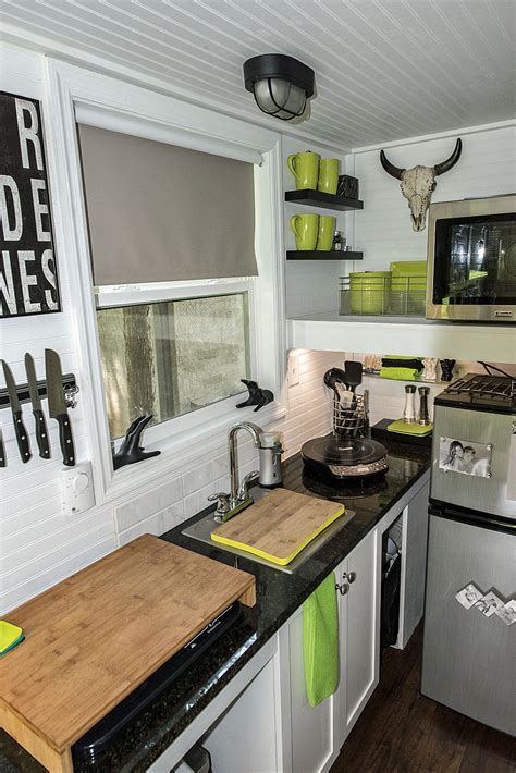 mendy s tiny home tennessee tiny homes mendy s tiny home tennessee tiny homes
