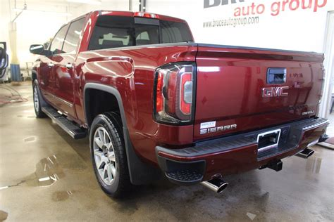 Used 2017 GMC Sierra 1500 Denali 5.3L 8 CYL AUTOMATIC 4X4 CREW CAB in Middleton   G17321A