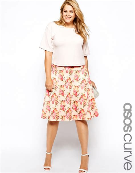 trend tip midi skirts this is meagan kerr