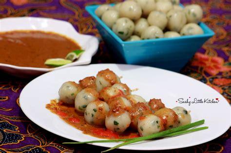 cilok sashy  kitchen food  travel blogger