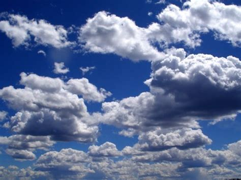cloud definition what is a cloud with infographic