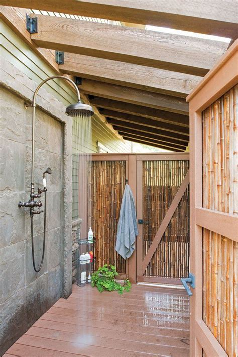 how to make an outdoor bathroom 25 best ideas about outdoor shower fixtures on pinterest