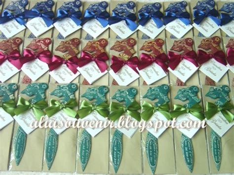 Kaos Batik Wayang Warna 12 figure doll souvenir pembatas buku pembuka lop kayu