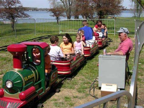 kids train ride ? Campbell River Salmon Festival