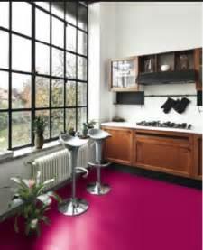 Ordinaire Peinture Carrelage Sol Cuisine #4: idee-couleur-peinture-carrelage-sol-dans-cuisine-en-rouge-griotte.jpg